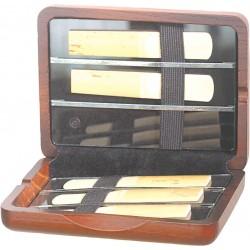 EM houten rieten doos